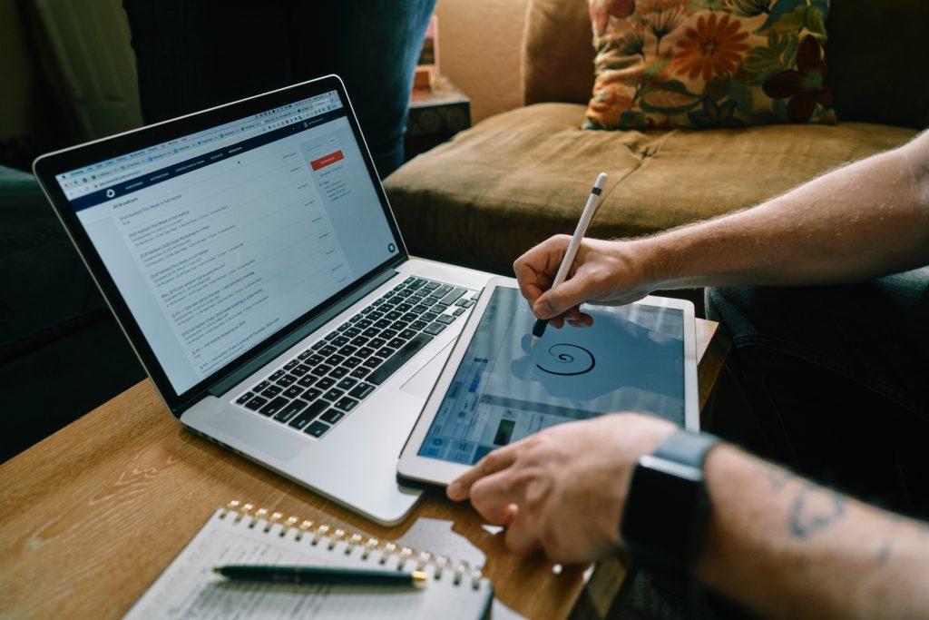 Creator economy   A economia dos criadores através do marketing de influenciadores   Bold Creators Club, a principal agência influente do Brasil